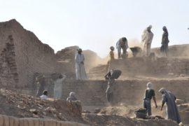 遺跡発掘者